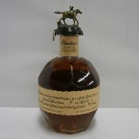 お守りにも ガッツポーズブラントン 並行 46.5% 750ml 箱なし バーボンウイスキー